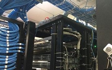 Bộ KIT của hệ thống phân phối truyền thông và trang bị đi kèm