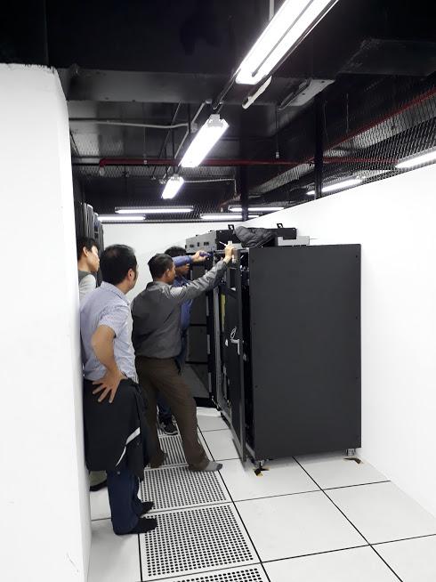 Lắp đặt UPS công suất lớn vertiv